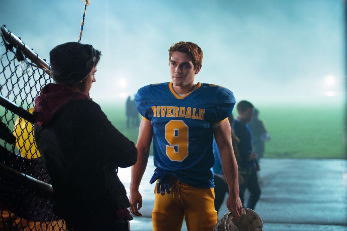Everybody loves Archie... like, *everybody*